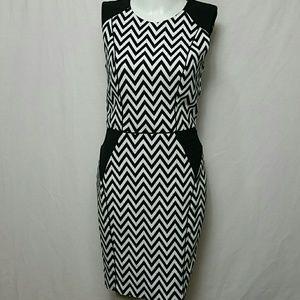 H&M Women Size 6 Sheath dress empire waist